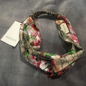 NWT Floral Headband